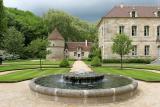 Visite de l'abbaye de Fontenay - Le pigeonnier et le logis des abbés