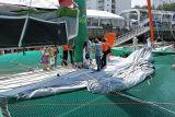 A bord du maxi trimaran de 105 pieds Groupama 3