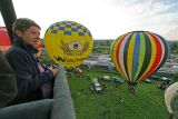 Hottolfiades 2006 - Vol du soir du dimanche 27/08 - Hot air balloons meeting in Belgium