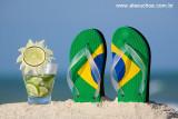 Férias no Nordeste é Tudo de Bom - caipirinha de limão e chinelinho com cores do Brasil 8895