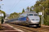 A double units of TGV Sud-Est at Boulouris.