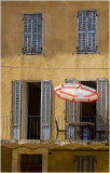 Red & white parasole