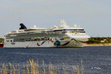 The Arrival ~ Norwegian Dawn in Sydney Harbor
