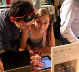 Paris, Apple Store (with her brother)