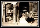 femme au temple de ganesh