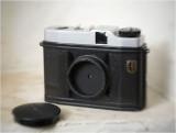 Pinhole Certo 6X6     focal: 33mm