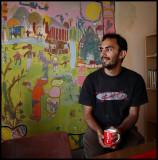 Sami with Paul Gent's mural - Plemetina