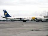B707-320C  CC-CYA