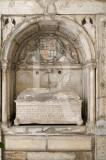 Túmulo de D. Catarina de Ataíde