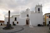 Pelourinho e Igreja da Azambujeira