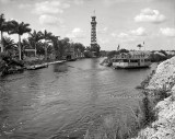 1912 - the Cardale Tower and the Lady Lou of Miami on the Miami River
