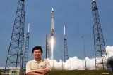 May 2011 - Ben Wang at an Atlas launch at Cape Canaveral