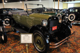 1922 REO T6 7-Passenger Touring