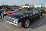 1962 Lincoln Continental 4-door sedan (4200)