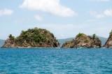 n6949 Departing, Whistling Cay Rocks
