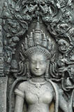 One of the Bayon's beautiful Apsaras.