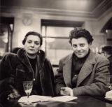 Gérard Philipe et une amie