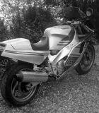 Yamaha FZR1000