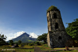 Cagsawa Ruins and Mayon Volcano