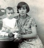Baby Clara (mother's cousin) and her mother Katie - married to Nathan, grandpa Louis' brother (mother's side) (1920's)
