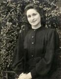 Aunt Clara (mother's sister).  She was about 25  in this photo.