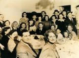 Seder at the house of grandma Anna and grandpa Louis  - the whole family - mother's side (1941)
