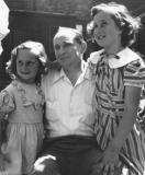 Uncle Morris with his daughters Phyllis (right) and Carole (left) - Richard's uncle and cousins, mother's side
