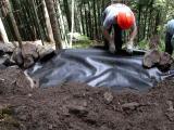 June 3, 2006              Placing reinforcement fabric