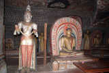 Statues and Paintings Dambulla 05