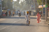 On the Road in Bijapur 02
