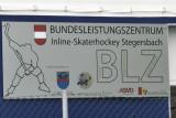 und im Sportzentrum für Inline-Skatehockey
