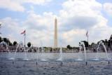 Washington Monument from the World War II memorial, Washington D.C.