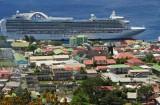 14 1186 Cruise ship docked at Roseau