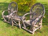 zP1060265 Old-style lawn chairs at Izaac Walton Inn.jpg