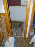 zCRW_1426 Bathroom door to floor.jpg