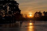 FRANCE - PARIS - Lac de Boulogne (winter)