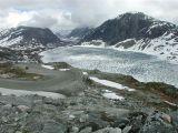 Lac gelé proche du Fjord Geirenger