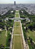 T E Vue Champs de Mars.jpg