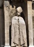 AEP Eglise Statue.jpg