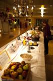 Strax efter 18:00 började middagen med med skördefest som tema.