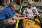 Ulf & Roffe hade bemannat främjandetsmonter. Där de låtit mängder med besökare prova anpassat friluftsliv.