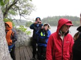 Rosel, Lennart, Åsa och Helena vid Kättils grotta