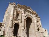 Hadrians Arch Jerash Jordan.jpg