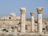 Columns Citadel Amman Jordan.jpg