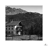 Hof mit Kaisergebirge