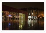 A rainy night 52