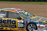 Lowndes busted windscreen