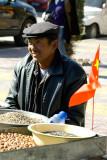 Nut vendor, Yingxian