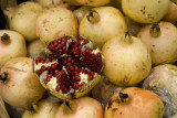 Pomegranates for sale, Shaolin