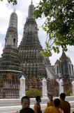Wat Arun monks